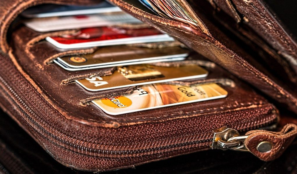 5 Reasons Why You Should Choose Leather Wallets